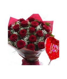 12 Valentines Red Roses &Balloon