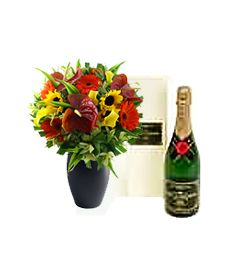 Luxury Bouquet & Champagne