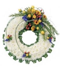 Based White Wreath